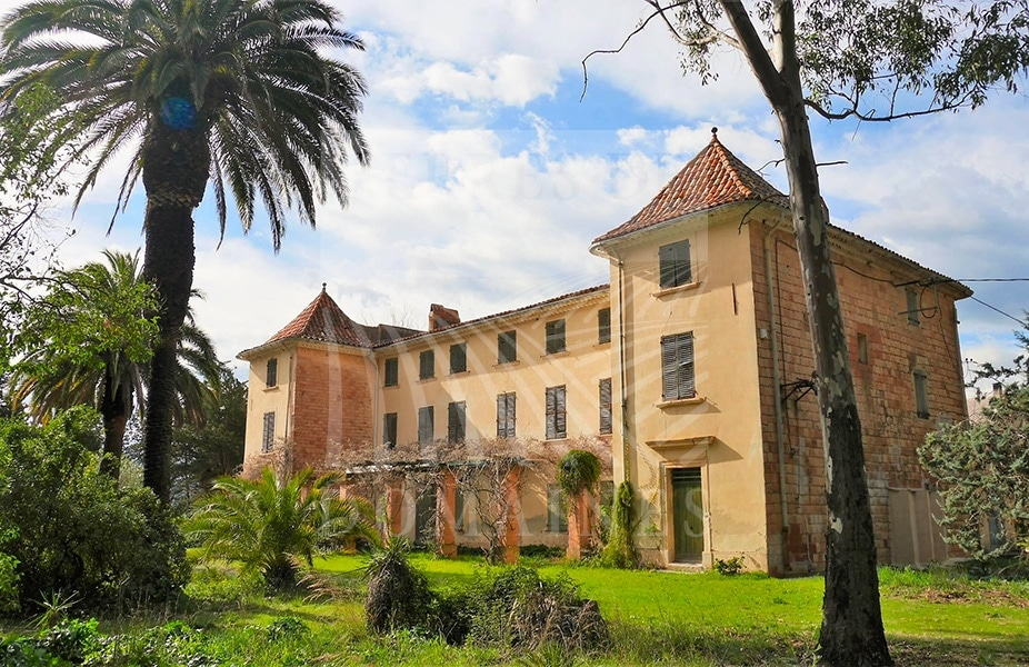 Seaside – Wine estate of 26 hectares of a single tenant  – Ref: 1917/022