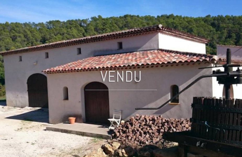 Charming wine property in center var – Ref 1916/013