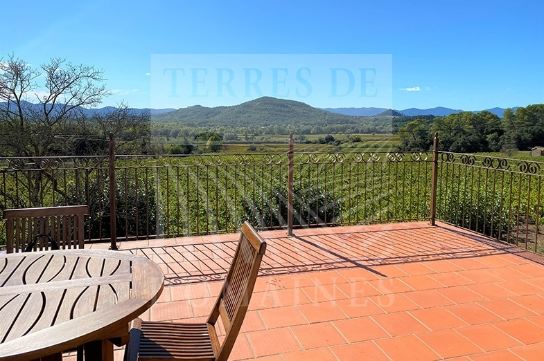 100% irrigated estate in Côtes de Provence – Ref :P105